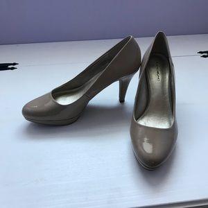 Bandolino tan shoes